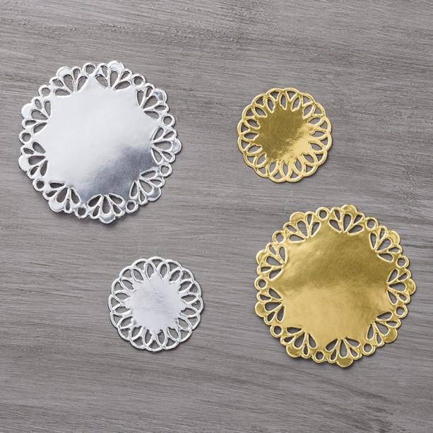 metallic-foil-doilies